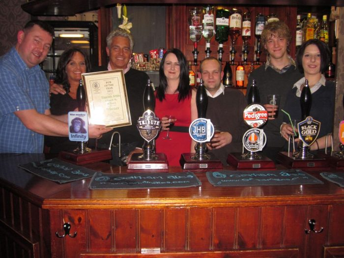Hunters Arms POTY winners 2012 003 resized